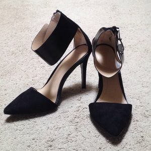 ZARA Trafaluc Closed toe heels